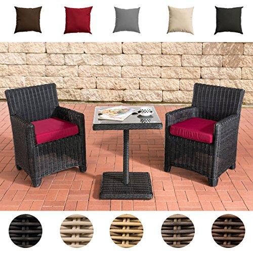 CLP Gartengarnitur CARUSO | Sitzgruppe mit 2 Sitzplätzen | Gartenmöbel-Set aus Polyrattan | Komplett-Set mit 2 Gartenstühlen und einem Tisch | In verschiedenen Farben erhältlich Rattanfarbe: Schwarz, Bezugfarbe: Rubinrot
